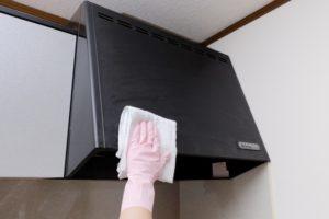 高い場所の換気扇(掃除しにくいハウスクリーニングランキングNO2)