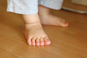 無垢床フローリングの特徴