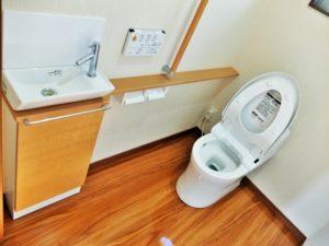 トイレの匂いの原因